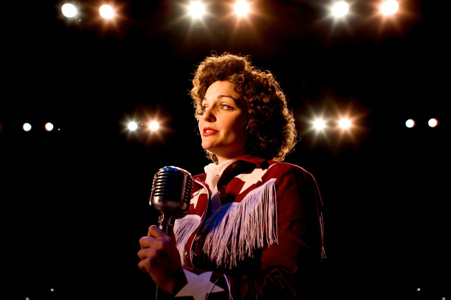 Sara Catherine Wheatley as Patsy Cline.  Photo: Craig Mitchelldyer.