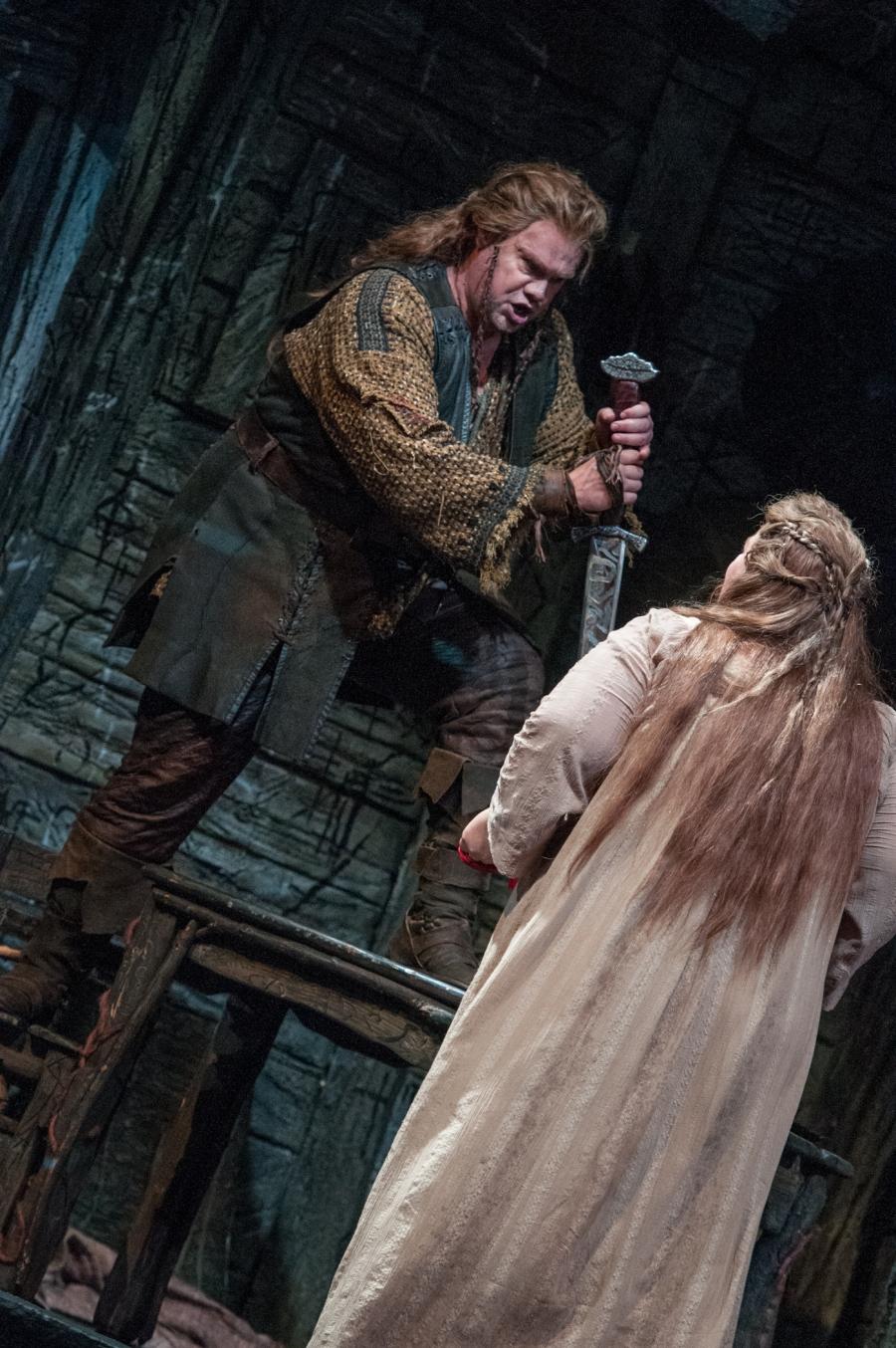 Wagner's Die Walküre, Stuart Skelton (Siegmund), Margaret Jane Wray (Sieglinde). © Elise Bakketun photo
