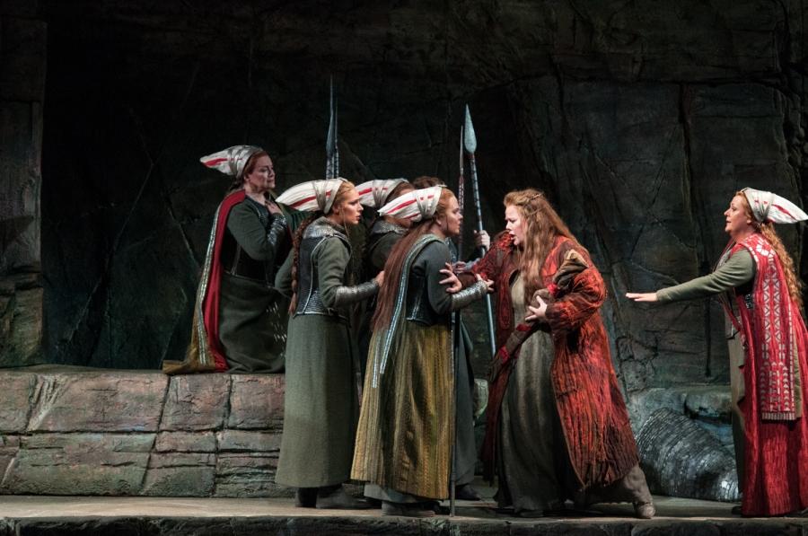 Wagner's Die Walküre, Luretta Bybee (Schwertleite), Sarah Heltzel (Siegrune), Jessica Klein (Helmwige), Margaret Jane Wray (Sieglinde), Alwyn Mellor (Brünnhilde). © Elise Bakketun photo