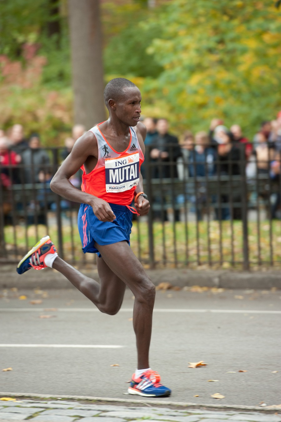 Geoffrey Mutai on his way to winning the world's biggest marathon for the second time in a row.