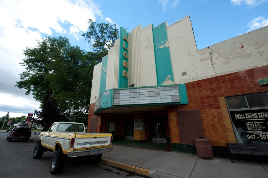 Monster trucks are more entertaining anyway.  Closed theater in Lakeview, Oregon.